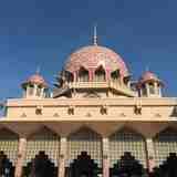 美しい!可愛い!ピンクのモスク、マレーシアの「プトラジャヤ」をご紹介♪