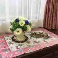 花びんのお花をリユースして、小さなラウンドスタイルにアレンジメント